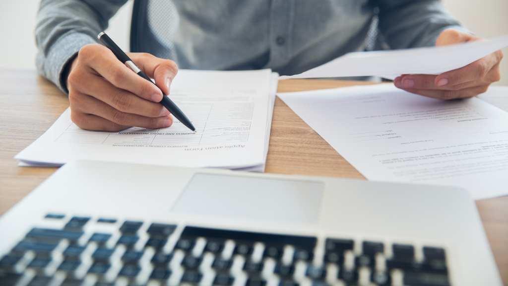 Cómo enumerar páginas en word para tesis